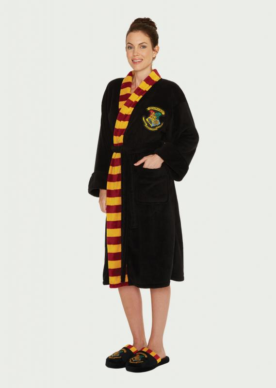 Hogwarts_Womens_Bathrobe_Front_WEB.jpg