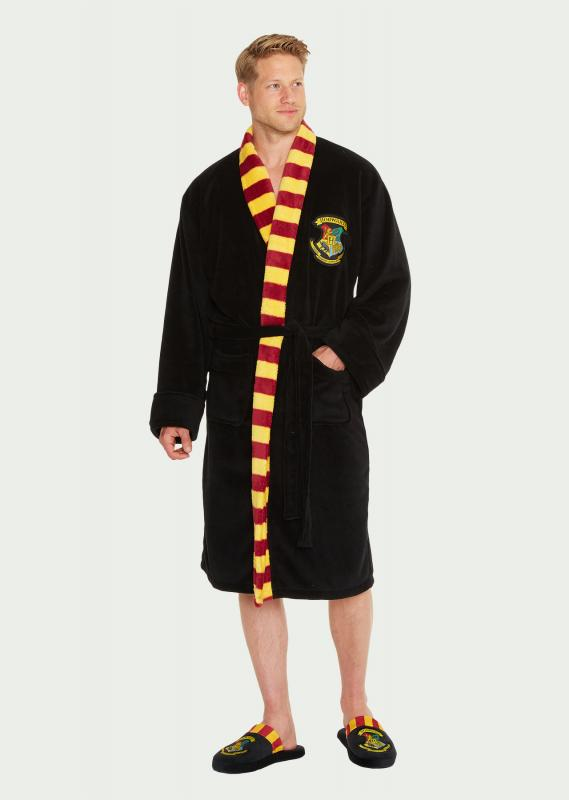 Hogwarts-Mens-Bathrobe_front_WEB.jpg