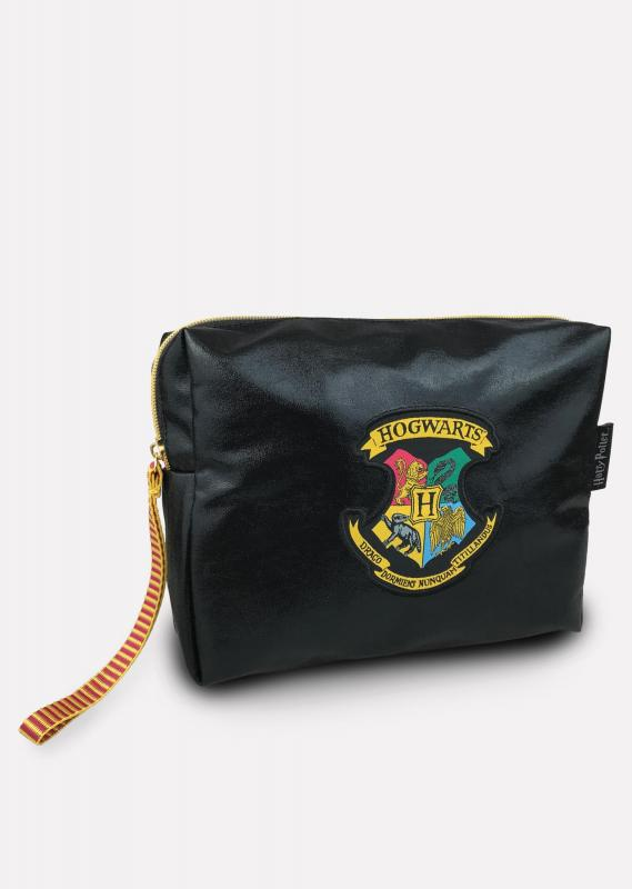 91792_HP_Hogwarts_Wash-Bag_Shimmer-web.jpg