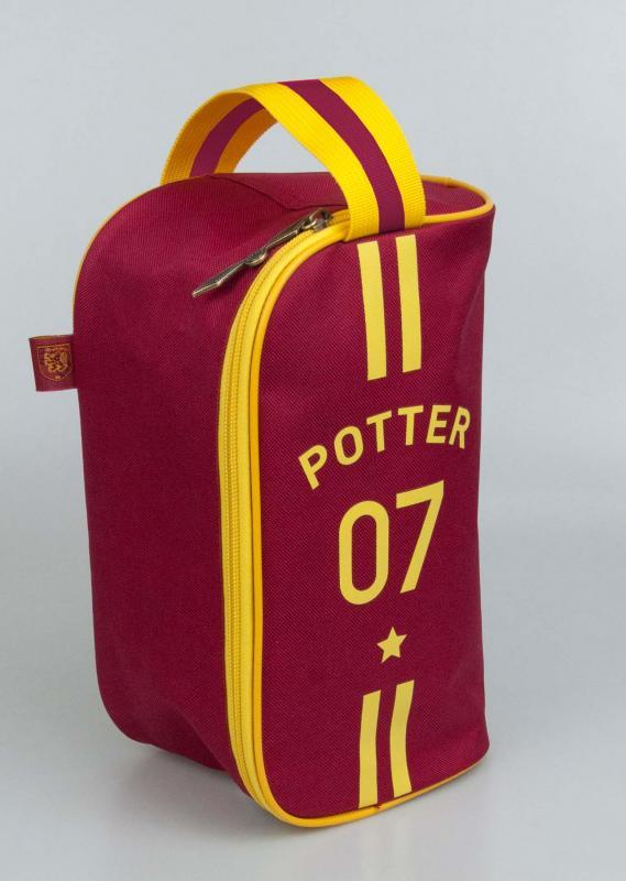 91899_HP_Quidditch_Wash-Bag-Front-Web.jpg