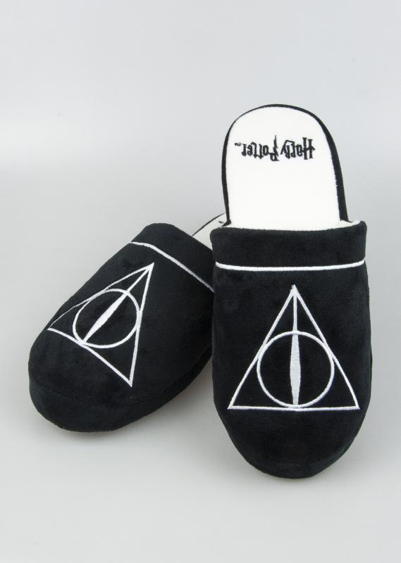 91760_Deathly-Hallows_Slippers_1280x1800px.jpg