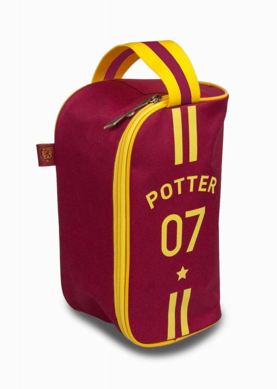 91899_Quidditch_Wash_Bag_Stripe_Front_Web